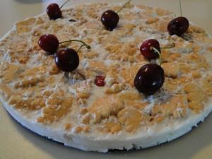 torta_s_biskviti_i_chereshi