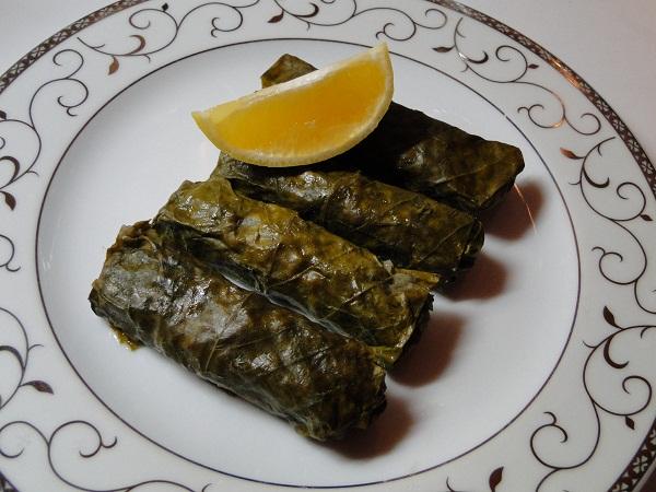 armenski_sarmichki_s_kanela_i_stafidi