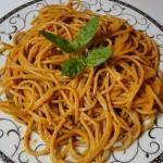 spaghetti_s_pesto_rosso