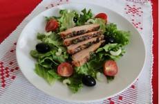 salata_s_pecheno_pile