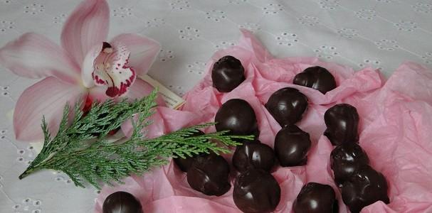 domashni-shokoladovi-bonboni-s-leshnitsi