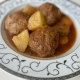 яхния-с-кюфтета-и-картофи