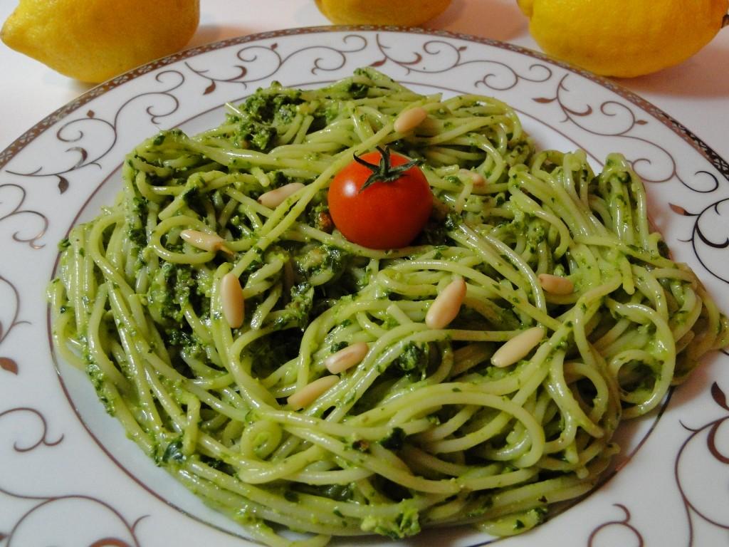 barzi_spaghetti_s_magdanozeno_pesto