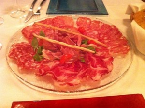 italianski-salami-plato