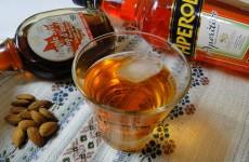 kokteil_s_aperol_i_klenov_sirop