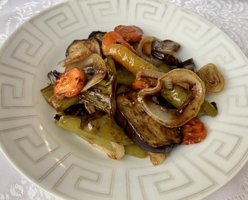 зеленчуци-соев-сос