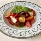 микс-домати-с-моцарела-и-босилек
